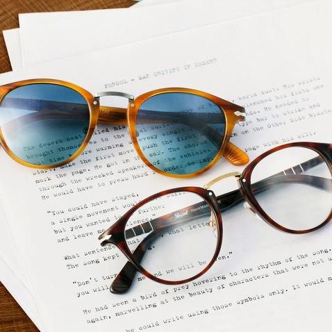 c7b61c4c8ba17 Tendance lunettes vintage  Persol Typewriter - Berdoz Optic