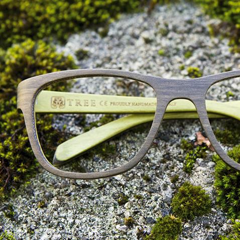 Lunettes optiques en bois  Tree Spectacles - Berdoz Optic 5fd1e9c159ca